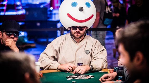 Como-vestirse-para-triunfar-en-el-poker-01