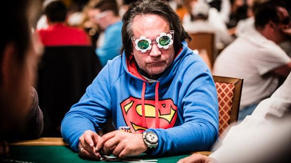 Como-vestirse-para-triunfar-en-el-poker-02