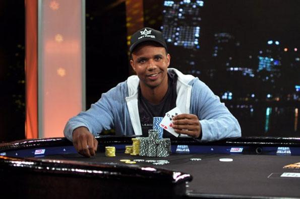 Phil Ivey compartirá sus estrategias de poker