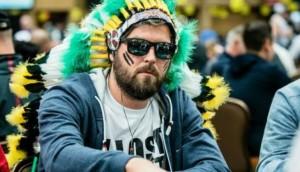 ¿Deberían prohibirse las gafas de sol en las mesas de póker?